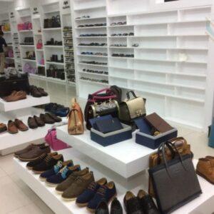 Kệ trưng bày giày dép GD013