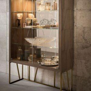Tủ kính trưng bày TK002